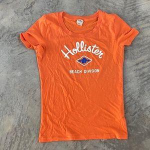 Orange Hollister fitted tee